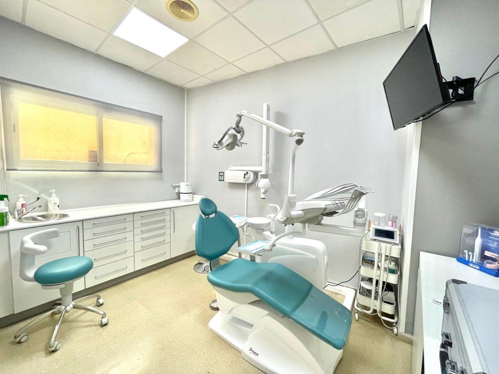munt-espai-dental-box-dentistas-llavaneres-i