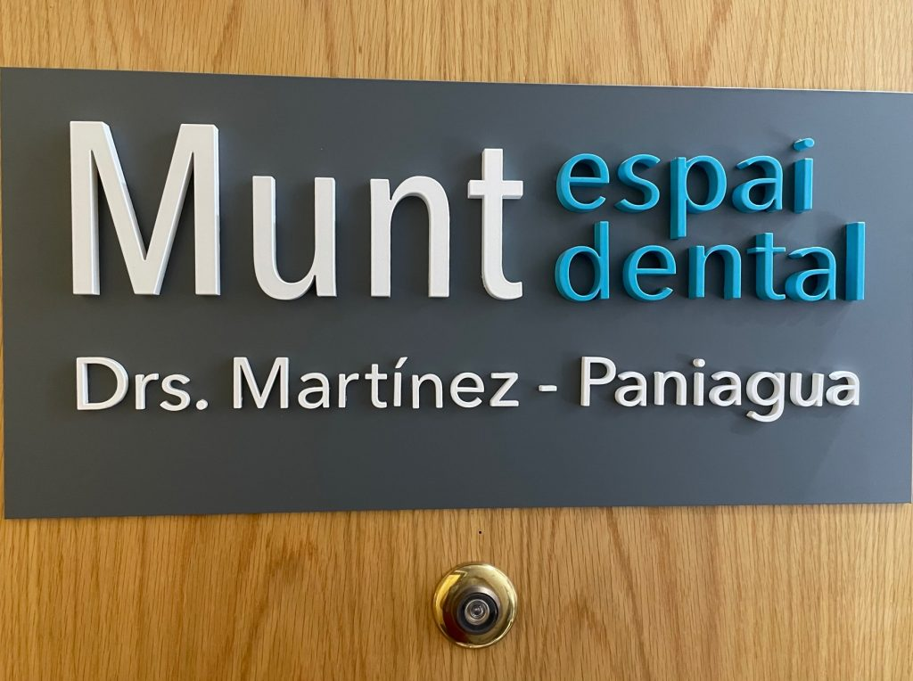 munt-espai-dental-llavaneres-dres-martinez-paniagua